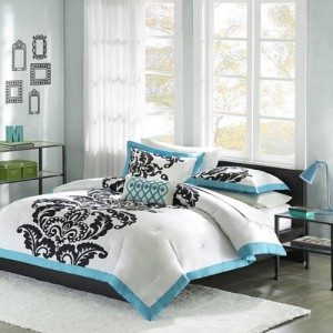 White, Teal & Black Teen Girls Queen Comforter, Shams & Toss Pillow 4 Pc Bedding