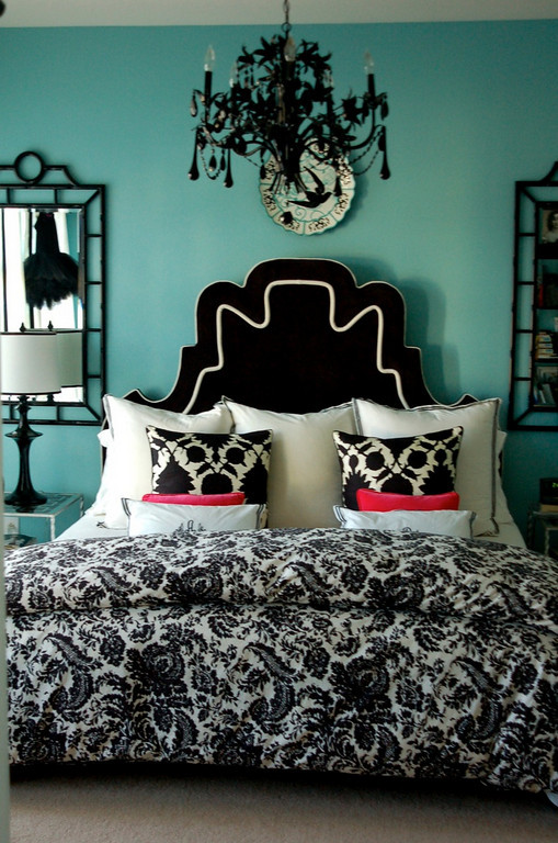 Turquoise black and white bedroom ideas home decorating Black and white room decor