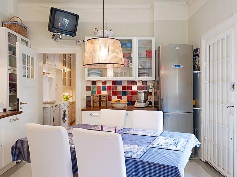 Blue white red kitchen panda s house