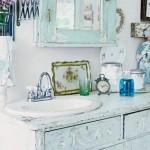 blue-shabby-chic-bathroom