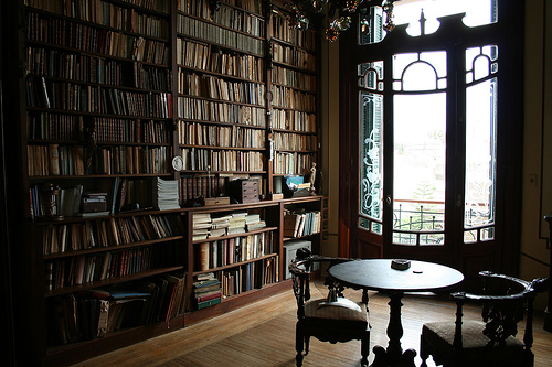 library-sitting-room