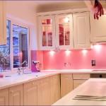 splashback-pink-kitchen