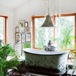 boho style bathroom