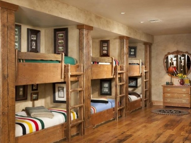 Lodge Style Bunk Beds - Panda's House