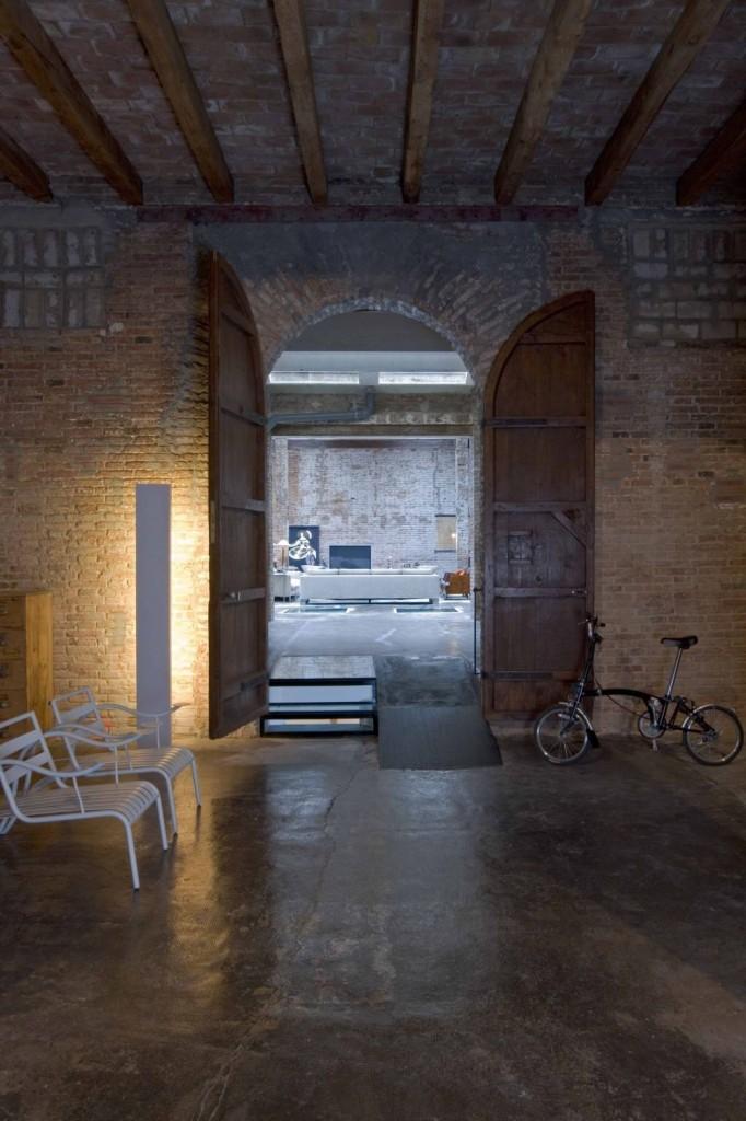 Loft barcelona warehouse conversion 1 panda 39 s house - Location loft barcelone ...