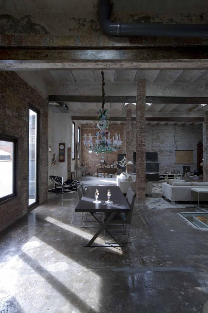 warehouse to loft conversion in Barcelona