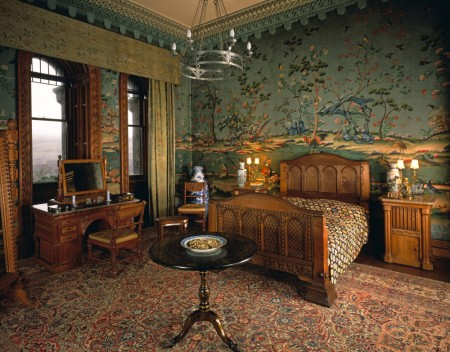 Penrhyn Castle bedroom