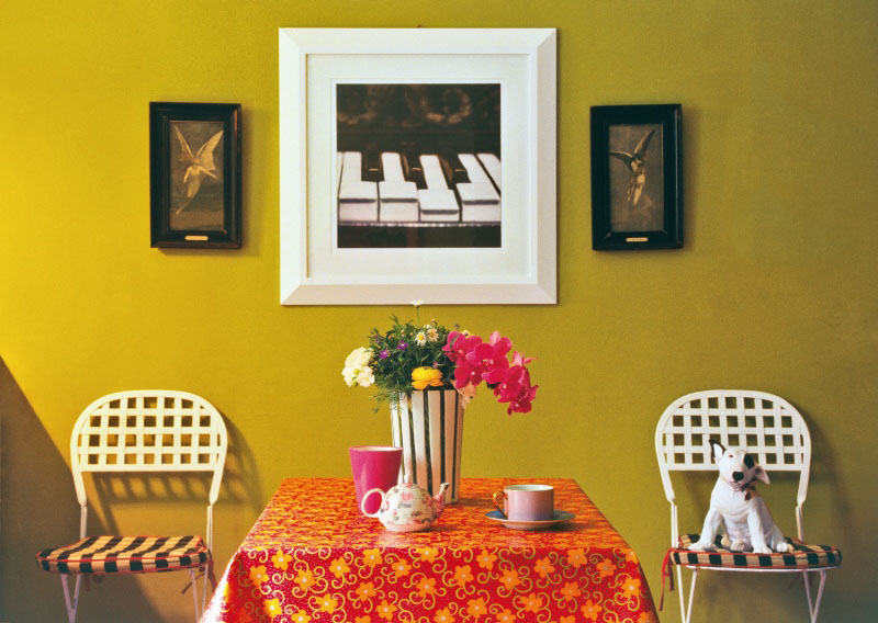 Federica naj oleari colours mustard yellow walls panda 39 s - Decorating with mustard yellow ...