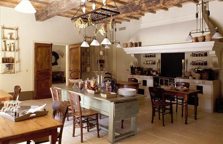 Hotel le hameau des baux provence kitchen panda 39 s house for Provence kitchen design