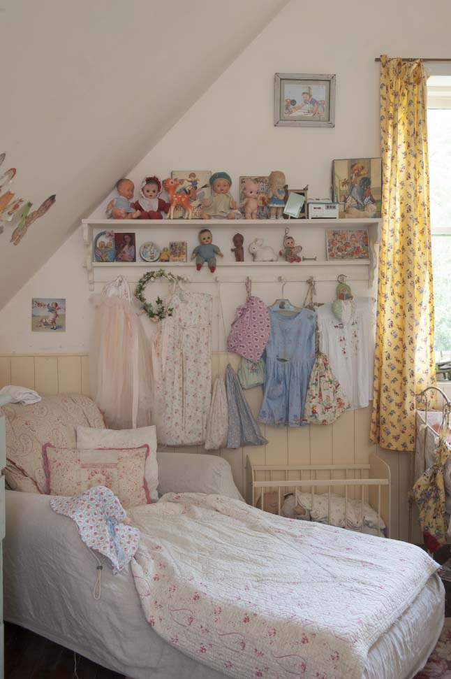 colonial home vinatge pastel home 19 shabby chic girls bedroom