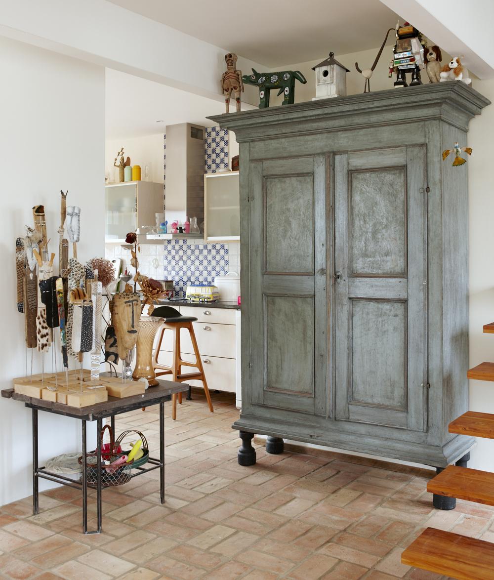 Madeleine Pyk's studio home cabinet