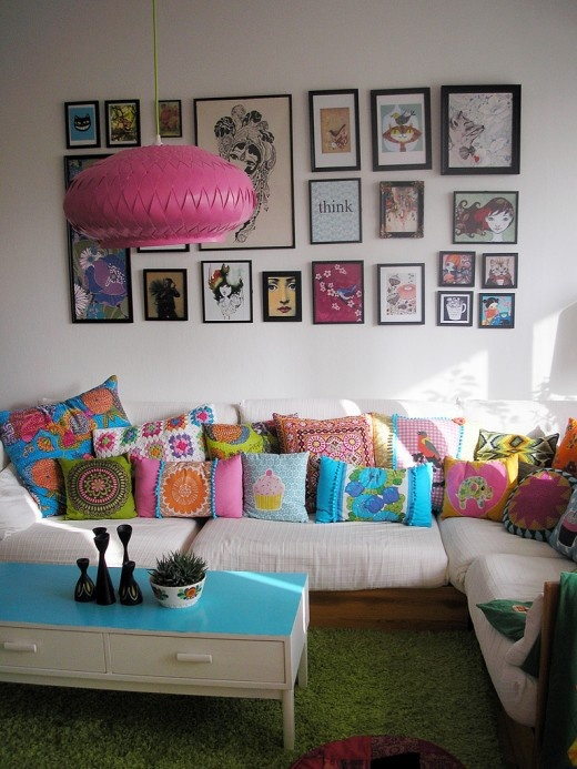 aqua and pink living room