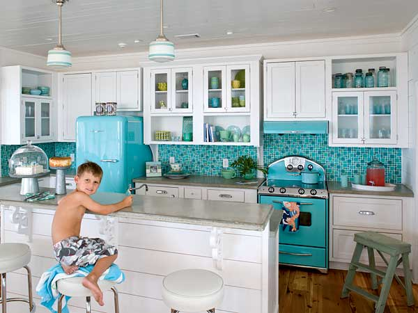 Retro Turquoise and White Kitchen  Panda's House