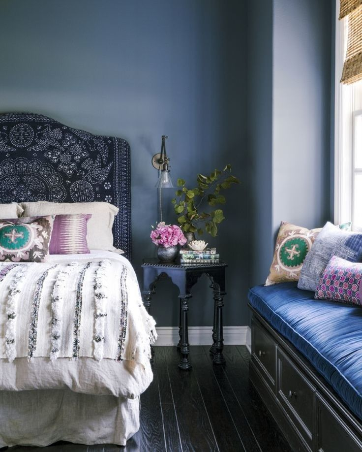 25 Amazing Indigo Blue Bedroom Ideas