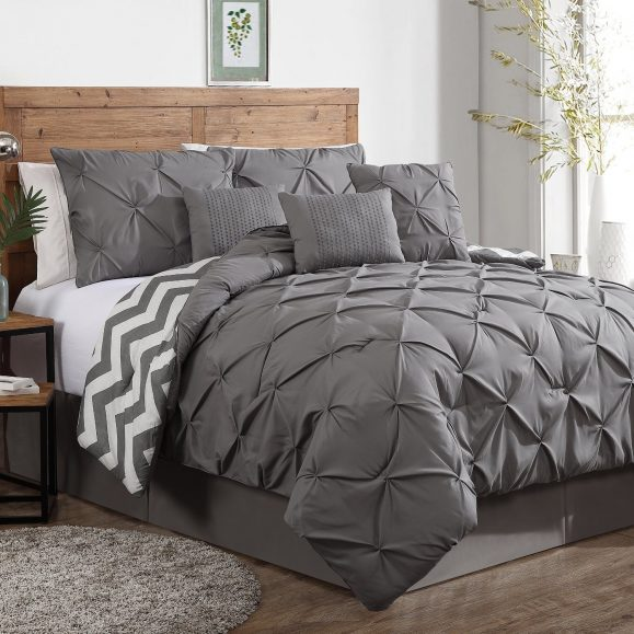 Piece Plush Modern Pinch Pleated Comforter Set